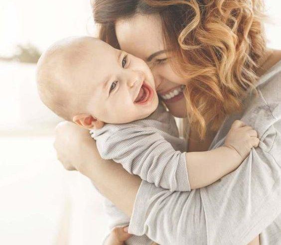 Hamilelik ve Doğum Yapmak Kadınların Zekasını Pozitif Etkiliyor