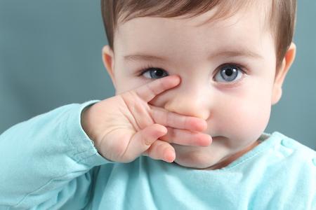 bebek göz rengi