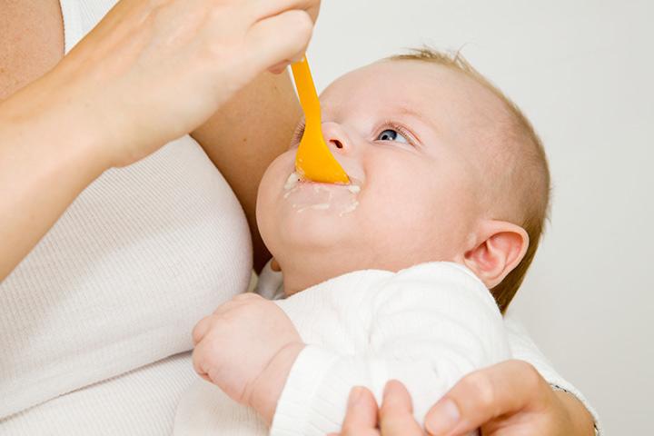 4 Aylık Bebeğiniz İçin En İyi 9 Gıda Fikirleri