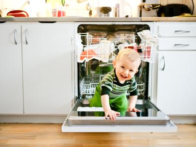 Ev Güvenliği Bebeğiniz İçin Uygun Mu? Dikkat